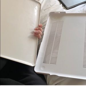 apple Accessories - MacBook Pro case